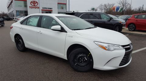 New 2017 Toyota Camry Hybrid LE