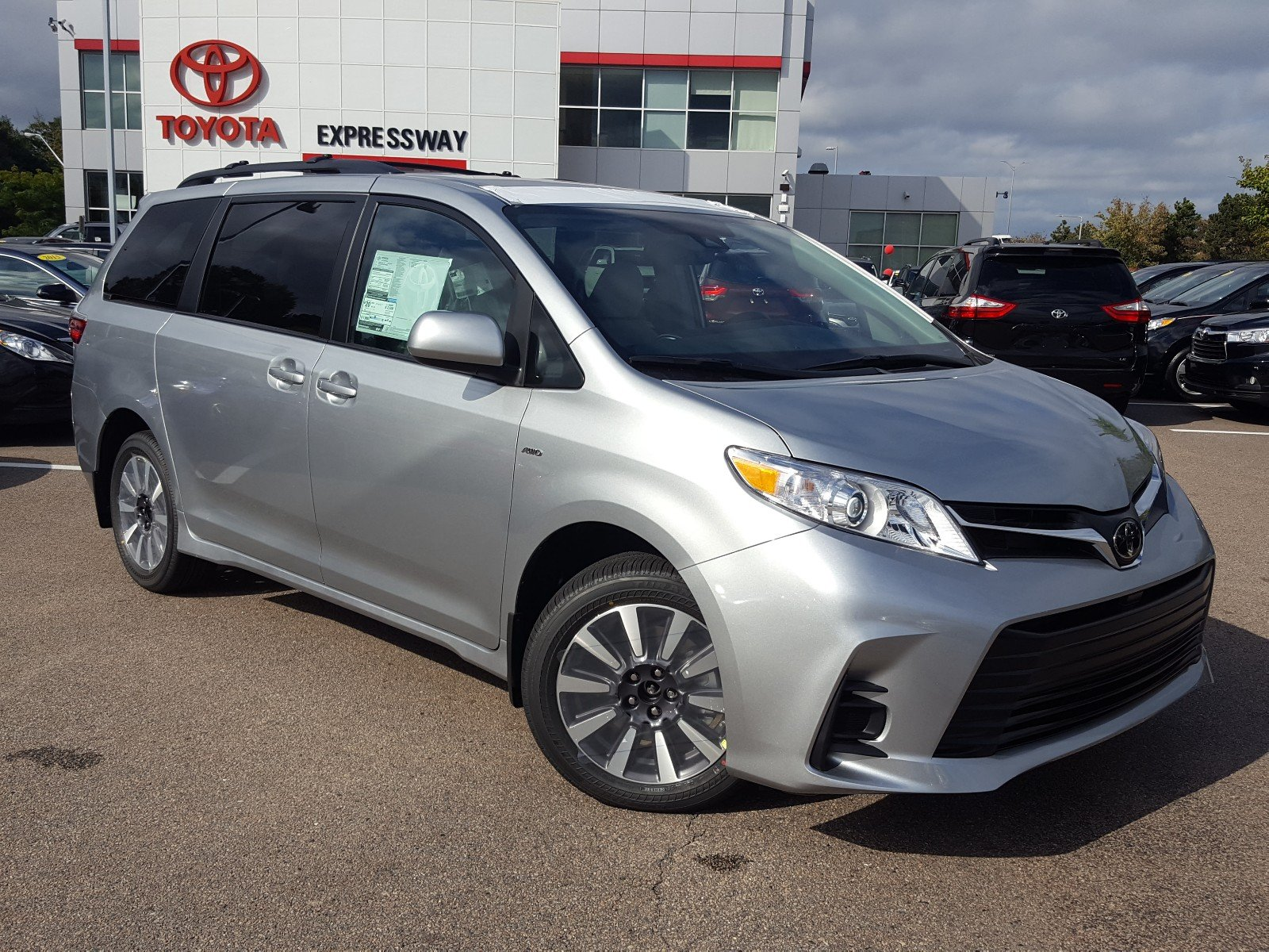 Toyota Sienna Service Manual: Driver Side Outer Mirror