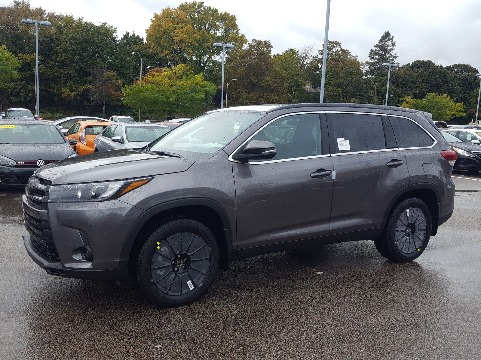New 2019 Toyota Highlander Se Sport Utility 43 419 In Boston 23387