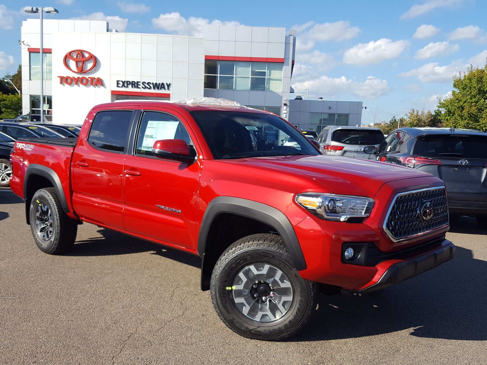 New 2019 Toyota Ta a 4WD TRD f Road Double Cab in Boston