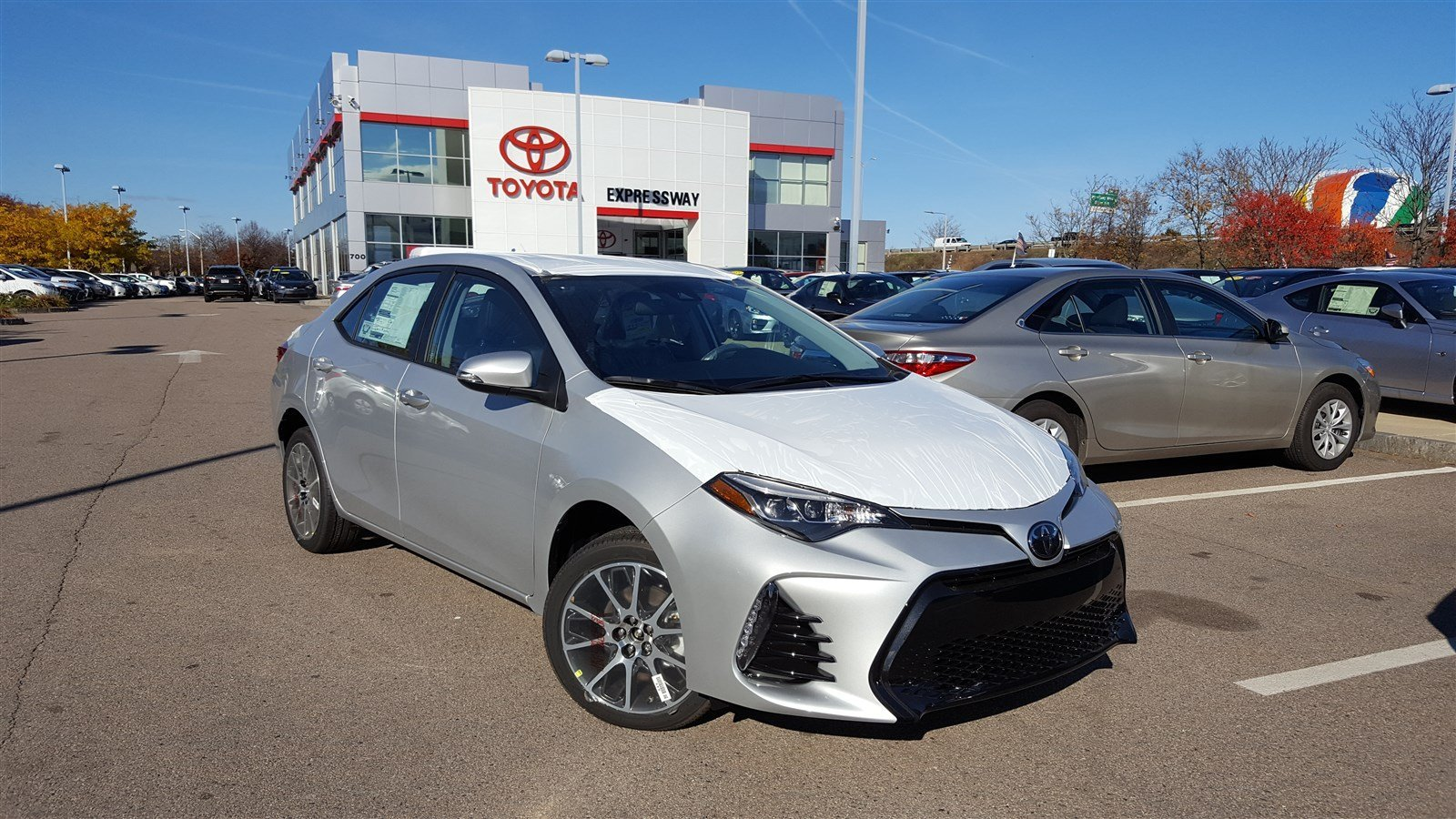 new 2017 toyota corolla 50th anniversary special edition 4dr car in boston 17247 expressway. Black Bedroom Furniture Sets. Home Design Ideas